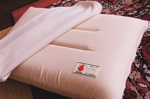 防災頭巾枕