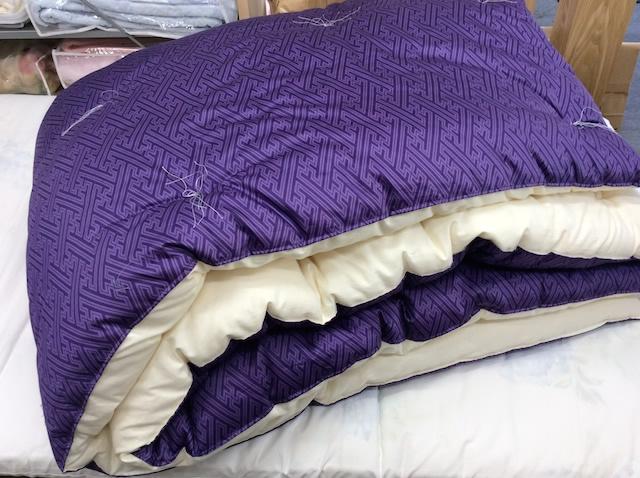 紫のお布団・掛